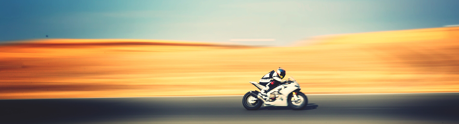Panning tips for action shots - Canon Europe